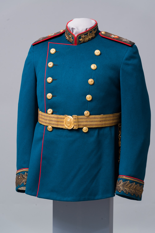 Мундир парадный И.В. Сталина (маршальский) цвета морской волны (образца 1945 г.).